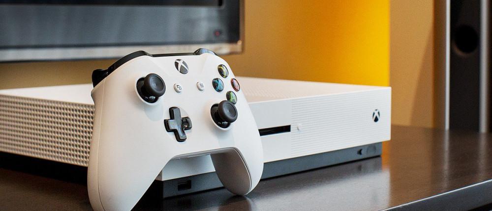 Microsoft создает две новые консоли. Одна — недорогая, другая — топовая (свежие слухи)