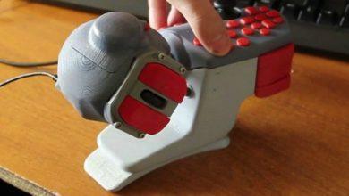 Российские дизайнеры сделали R-Handle контроллер с 25 кнопками