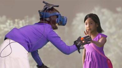 Мать встретилась со своей умершей дочкой в VR. Женщина не смогла сдержать слез