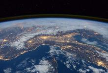 Над Землёй едва не столкнулись два крупных объекта советского и китайского происхождения