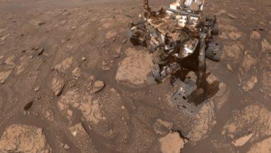 Фото дня: новое селфи «побитого» марсохода Curiosity