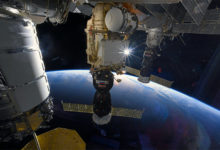 Завтра «Роскосмос» проведёт трансляцию, посвящённую 20-летию первой экспедиции на МКС