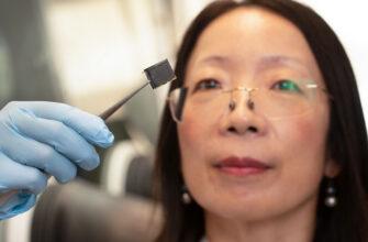 Австралийские учёные улучшили солнечные панели из перовскита с помощью сожжённых человеческих волос